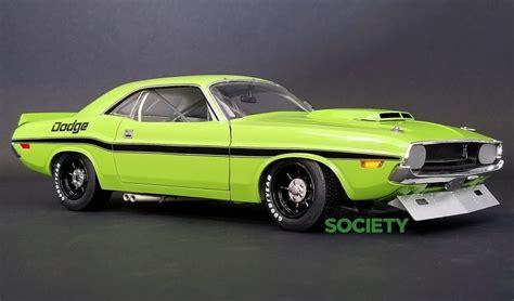 Race Dodge Challenger by Acme New 1970 Dodge Challenger Trans Am Race