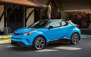 Nouvelle Toyota Chr : toyota c hr 2019 nouvelles caract ristiques nouvelle livr e de base le courrier du sud ~ Medecine-chirurgie-esthetiques.com Avis de Voitures