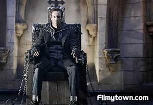 I, Frankenstein 3D film review, Aaron Eckhart, Yvonne ...