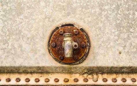 stock rubinetti vecchi rubinetti immagine stock immagine di corroda