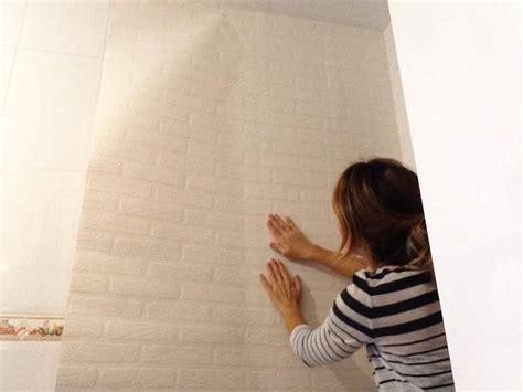 reforma de cocina  instalacion de suelo laminado  papel pintado en pared suelo laminado
