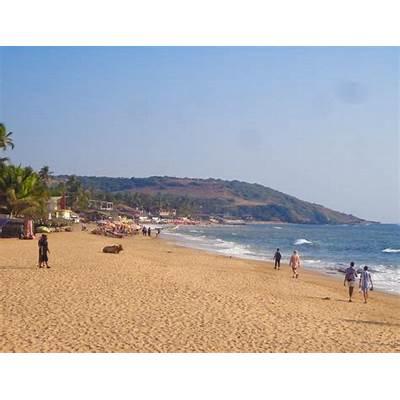A Guide to Anjuna Beach Goa - Global Gallivanting Travel Blog
