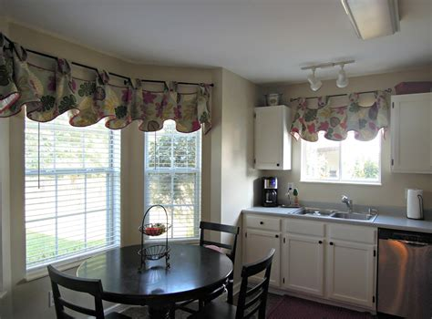 hgtv bathrooms design ideas the ideas of kitchen bay window treatments theydesign
