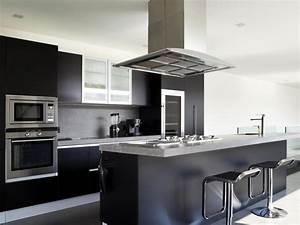 Plinthe Alu Cuisine : plinthe en aluminium sp cificit s d 39 une plitnhe en alu ~ Melissatoandfro.com Idées de Décoration