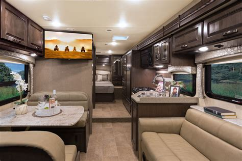 thor chateau  floor plan rv tip   day
