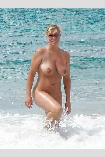 tumblr_ntyasi0dVH1uxyg7vo1_500.jpg (451×600) | Art | Pinterest | Beach bum, Nude and Curvy