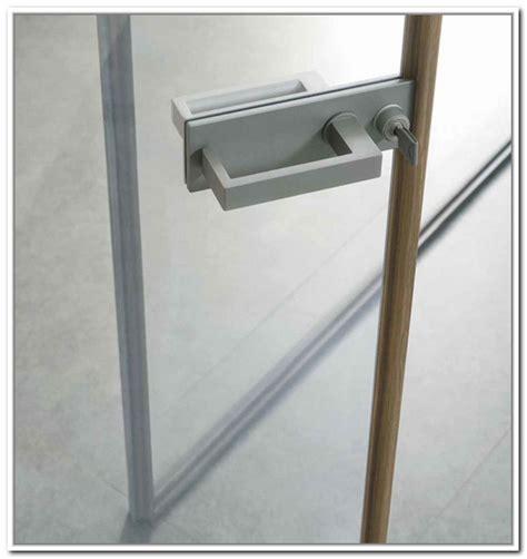 locks for sliding closet doors