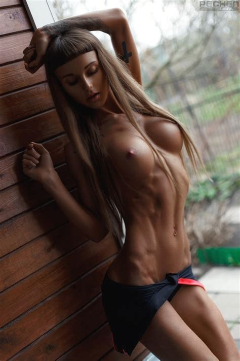 Pic Sveta Grachtchenkova Tanned Oiled And Athletic Porno Pics