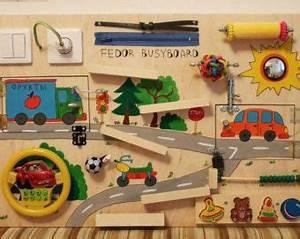 Activity Spielzeug Baby : busy board baby girl activity board von woodledoodleshop ~ A.2002-acura-tl-radio.info Haus und Dekorationen
