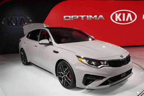 2019 Kia Optima Receives Slight Nip Tuck For Midlife
