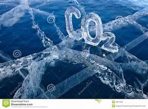 Co2 Ausstoß Berechnen Formel : eisige chemische formel von kohlendioxyd co2 lizenzfreies stockfoto bild 33611635 ~ Themetempest.com Abrechnung