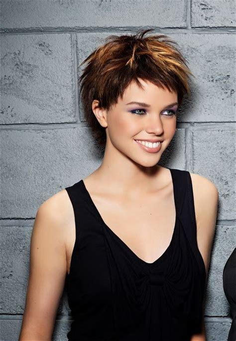 Pixie Hairstyles 2014 by Pixie Haircuts 2014