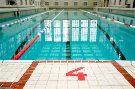 schwimmbad ohne chlor was macht die familie anbaden ganz ohne chlor berlin
