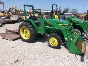 John Deere 970 Tractor With 440 Loader
