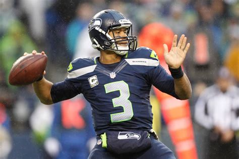 seahawks wilson faces  idol  brees usa today