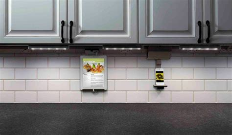 under cabinet lighting with outlets 10 must haves when building a new home