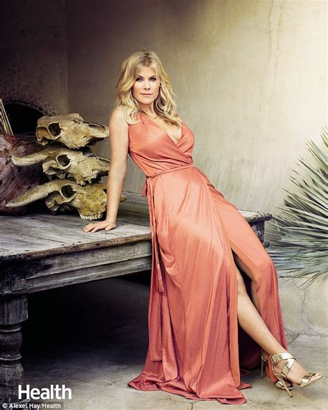 Alison Sweeney Reviews Her Marriage Every Year And Struggles With Her Body Image Daily Mail Online