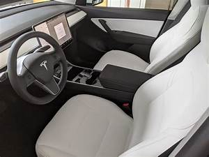 White Interior : TeslaModelY