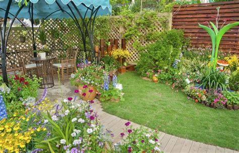 Backyard Flower Garden Design by More Landscape And Garden Design Ideas And Improving Values