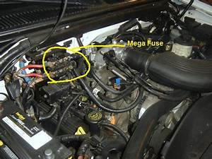Where Is The Alt Mega Fuse On A 2001 Ford Expedition
