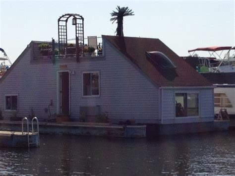 Houseboats For Sale Washington Dc by 26 Best Houseboats Images On Floating Homes