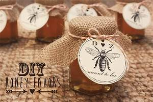 sugar and chic diy honey favors With honey for wedding favor