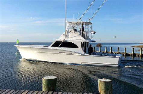 hatteras deep sea fishing charter boat
