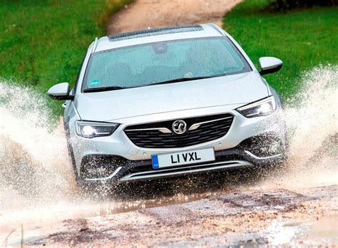 sunday drive vauxhall insignia country tourer hp