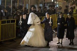 belz hasidic dynasty wedding celebrated in jerusalem With orthodox jewish wedding dress