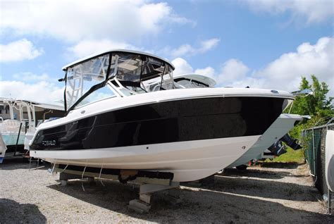 Robalo Boats R247 by 2017 Robalo R247 Dual Console Power Boat For Sale Www