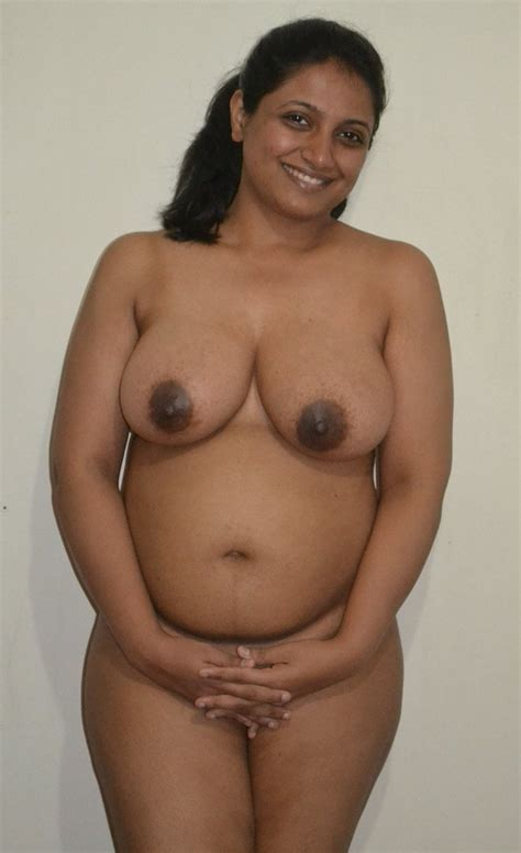 Real Tamil Aunties Nude 35 Pics