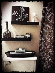 20 Practical And Decorative Bathroom Ideas