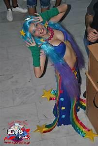 Happy face xD Arcade sona cosplay by Darkenya on deviantART