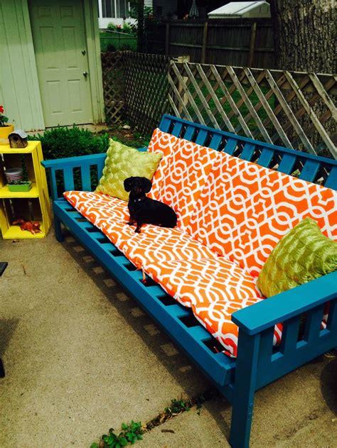 futon frame weatherproof spray paint  outdoor