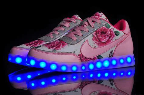 nike led light up shoes nike shoes light up traffic school