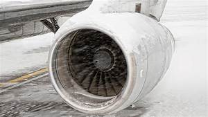 Video: Ice-fighting coating could protect cars, airplanes ...