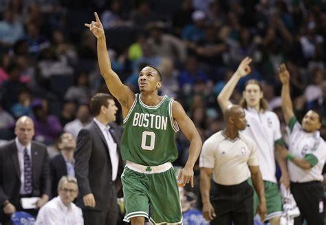 Boston Celtics notes: Avery Bradley leads strong ...