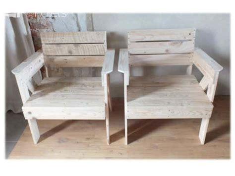 fauteuils en bois de palette pallet armchair  pallets