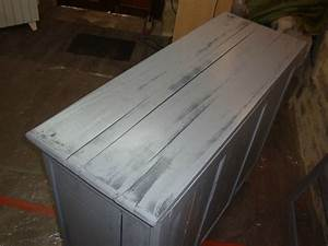 buffet deux portes patine gris kreative deco With couleur qui va avec le bois 4 la suite du relooking