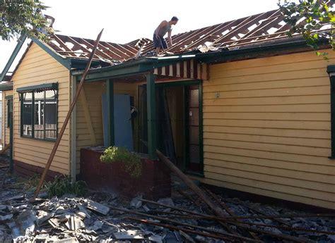 demolition salvage   home