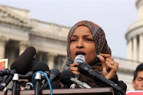 Donald Trump Had One Ultimatum for Ilhan Omar That Means ...