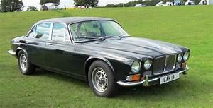 4 4 Jaguar : 1969 jaguar xj information and photos momentcar ~ Medecine-chirurgie-esthetiques.com Avis de Voitures