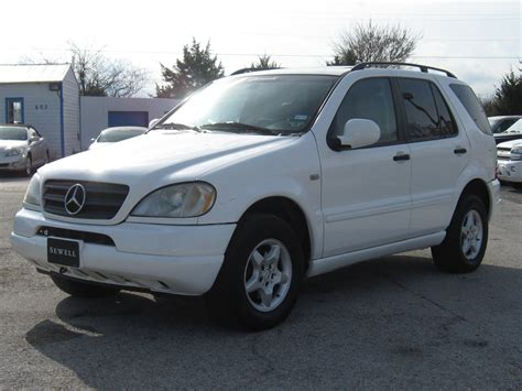 The very best way to ensure you're getting the correct specs is to download the owner's manual which should contain all the information you need, including full specifications of. 2000 Mercedes Benz ML320 | Welcome to Autoworldtx