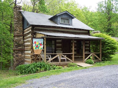 cabins in virginia pre civil war log cabin in virginia available for stays