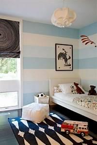 Kinderzimmer Streichen Junge : streifen wand streichen deko idee wei blau junge kr mel kinder zimmer kinderzimmer und ~ Orissabook.com Haus und Dekorationen
