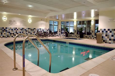 2 Bedroom Hotels In St Louis Mo by Hilton Garden Inn St Louis Airport St Louis Mo 4450