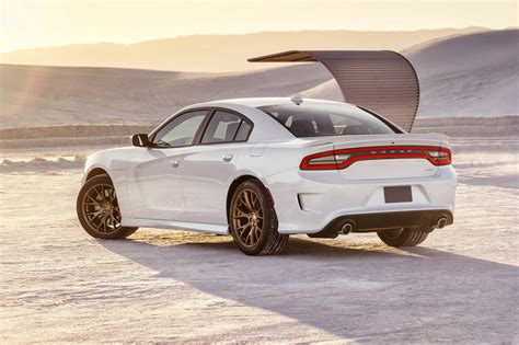 2018 Dodge Charger Srt Hellcat Declares War On All Other