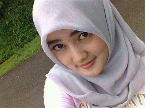 Wanita Dewasa Cari Teman Kencan Igo Foto Wanita Cantik Asli Indonesia Yang Menggunakan