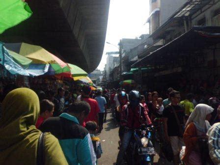 jalan jalan ke pasar baru pasar pagi dan asemka oleh