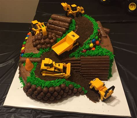 Construction Cake Decorations by Gislains Shower Cake Construction Cakes Cake Birthday